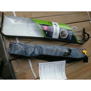 ブルーストーム 自動膨張式ライフジャケット BSJ-5520RS新品です。(ウエア)