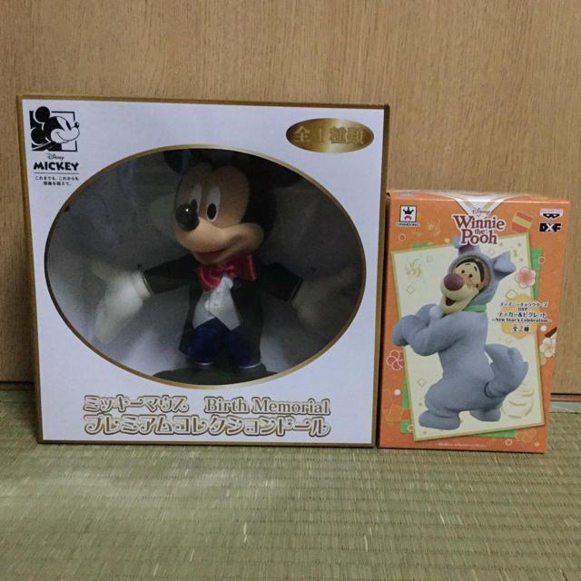 クラシック ワンピース 黒 / ディズニー フィギュア 2体セットの通販 by かなり's shop|ラクマ