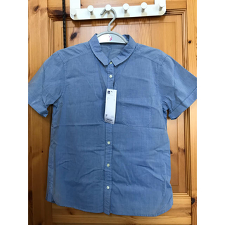 ジーユー(GU)の【新品タグ付き】GU ロールアップシャツ(シャツ/ブラウス(半袖/袖なし))