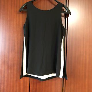 ダブルスタンダードクロージング(DOUBLE STANDARD CLOTHING)の美品 ダブルスタンダード トップス 黒(カットソー(半袖/袖なし))