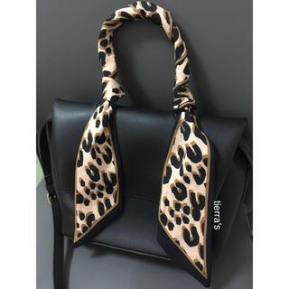 ザラ(ZARA)の大人気❁︎❁︎お手持ちのbagにも レオパード ヒョウ柄 タイ リボン スカーフ(バンダナ/スカーフ)