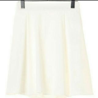 ダズリン(dazzlin)のダズリン  白 オフホワイト フレア スカート ひざ丈(ひざ丈スカート)