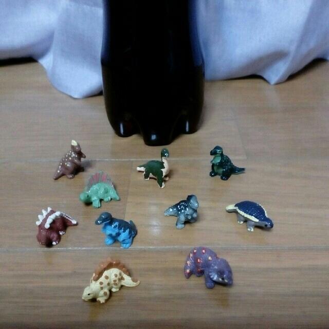 トニートニー・チョッパー(チョッパー) フィギュア 人気 | 恐竜 フィギュア ミニチュア ティラノサウルス 等 10種類セットの通販 by よしひろ's shop|ラクマ