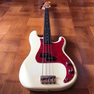 フェンダー(Fender)のF/J  Fender Japan  PB 62 ベース 美品(エレキベース)