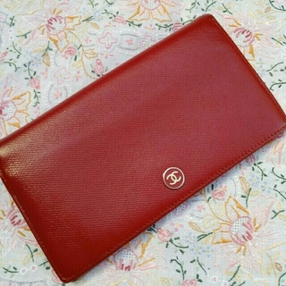 3a2e05c84f66 シャネル ココボタン 財布(レディース)(レッド/赤色系)の通販 18点 ...