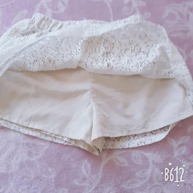 GU(ジーユー)のGU 女の子スカパン スカート110 キッズ/ベビー/マタニティのキッズ服 女の子用(90cm~)(スカート)の商品写真