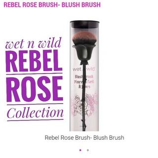セフォラ(Sephora)のWet n wild ♡ Rebel Rose コレクション チーク ブラシ(その他)