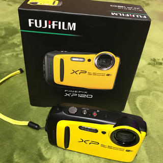 FinePix XP120 イエロー 32GB SDカード付き(コンパクトデジタルカメラ)