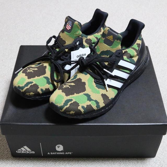 A BATHING APE(アベイシングエイプ)のADIDAS × BAPE Ultra Boost 27cm メンズの靴/シューズ(スニーカー)の商品写真