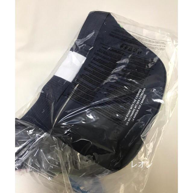 adidas(アディダス)のネイビー/花柄   ウエストバッグ レディースのバッグ(ボディバッグ/ウエストポーチ)の商品写真