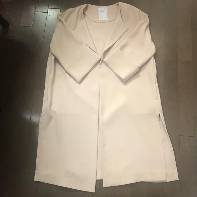 Noble(ノーブル)のノーブル エステル二重織ガウンコート スプリングコート ノーカラーコート レディースのジャケット/アウター(ガウンコート)の商品写真