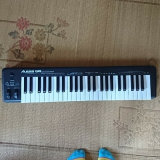 ALESIS q49 MIDIキーボード(MIDIコントローラー)