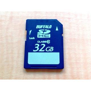 バッファローボブス(BUFFALO BOBS)の送料無料 Buffalo SDHCカード 32GB CLASS10 (PCパーツ)