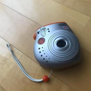 フジフイルム(富士フイルム)のチェキ instax mini 本体 フィルム1パックつき オレンジ(フィルムカメラ)