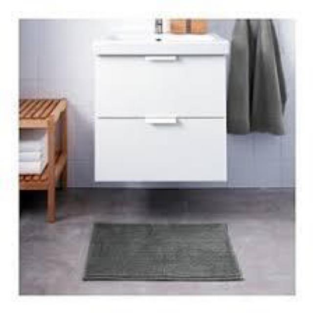 IKEA(イケア)のBADAREN バダーレン バスマット, グレー, 40x60 cm インテリア/住まい/日用品のラグ/カーペット/マット(バスマット)の商品写真