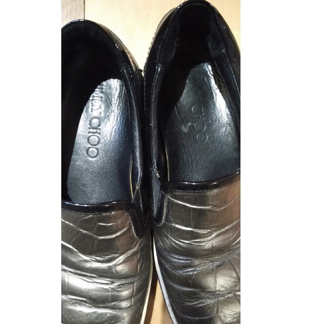 JIMMY CHOO(ジミーチュウ)のジミーチュウ クロコ 型押し シルバー スリッポン メンズの靴/シューズ(スリッポン/モカシン)の商品写真
