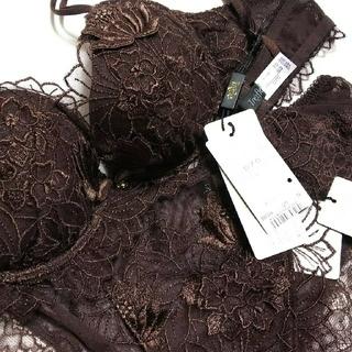 ワコール(Wacoal)の【linen さま 専用】Wacoal  トレフル  D70&Lサイズショーツ(ブラ&ショーツセット)