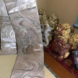 ニシジン(西陣)の正絹  帯  銀糸  丸帯  和服  冠婚葬祭  波形柄  美品(帯)