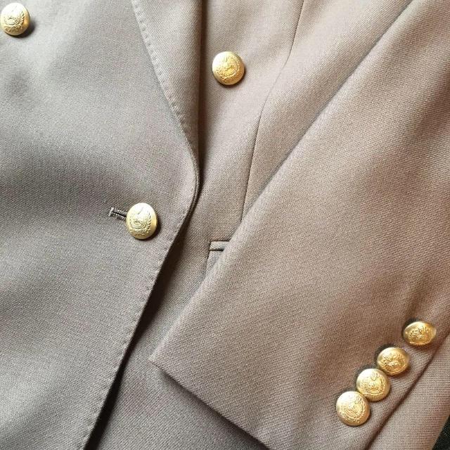 BURBERRY(バーバリー)のBURBERRY(バーバリー)レディーススーツ レディースのフォーマル/ドレス(スーツ)の商品写真