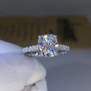 【newデザイン】輝くモアサナイトダイヤモンド リング(リング(指輪))