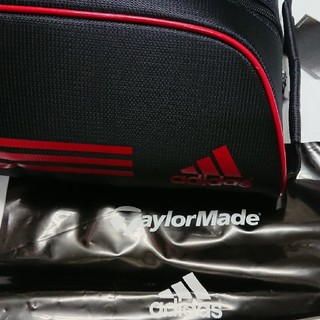 アディダス(adidas)の★アディダスadidas【新品シューズケース】TaylorMade社監修★黒×赤(バッグ)