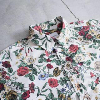 エフィレボル(.efiLevol)の.efilevol  花柄シャツ(Tシャツ(半袖/袖なし))