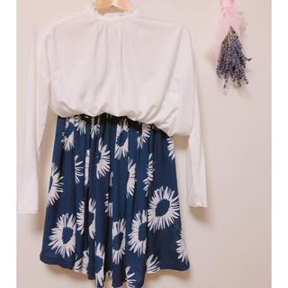 アズノウアズ(AS KNOW AS)の花柄スカート(ひざ丈スカート)
