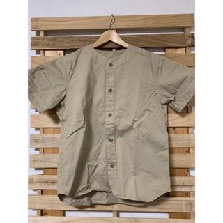 ネストローブ(nest Robe)のマスターアンドコー ベースボールシャツ ベージュ サイズ:S(シャツ)