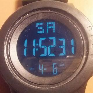 腕時計 電波ソーラ  シンプルスポーツ ブラック(腕時計(デジタル))