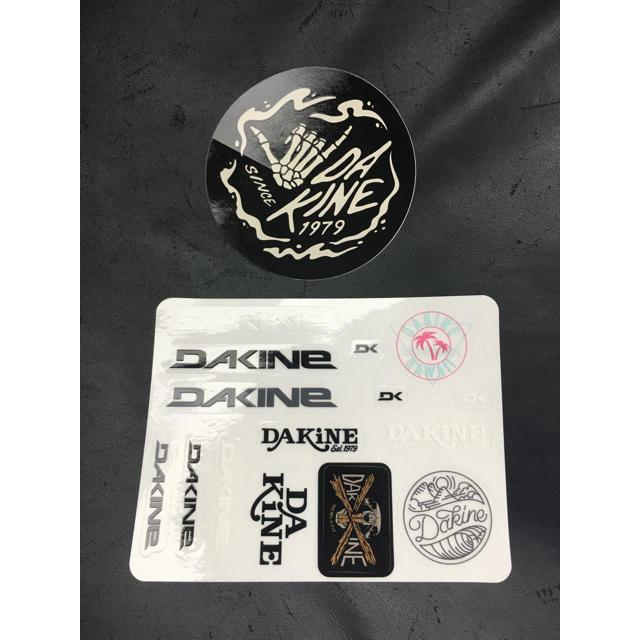 Dakine(ダカイン)のダカインステッカー2枚セット スポーツ/アウトドアのスポーツ/アウトドア その他(サーフィン)の商品写真