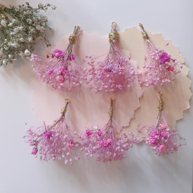 Kastane(カスタネ)のnacchi様 専用ピンクのかすみ草のブーケ イヤリング ピアス ハンドメイドのアクセサリー(イヤリング)の商品写真