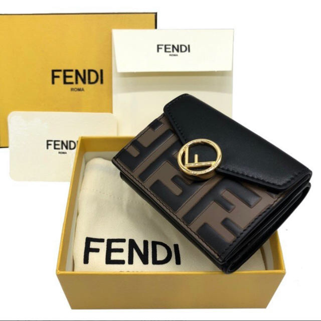 b2de666b45b0 FENDI - 未使用品 FENDI 三つ折り マイクロ 財布の通販 by あーる's shop ...
