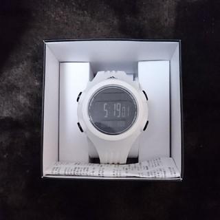 アディダス(adidas)のアディダス 腕時計 白(腕時計(デジタル))