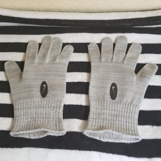 ナイキ(NIKE)のナイキ☆手袋☆(手袋)