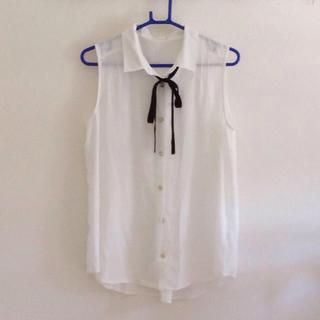ジーユー(GU)のg.u. ノースリーブシャツ(シャツ/ブラウス(半袖/袖なし))