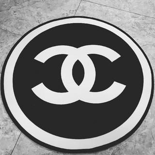 シャネル(CHANEL)の在库!!新品  CHANEL 丸型カーペット  黑(カーペット)