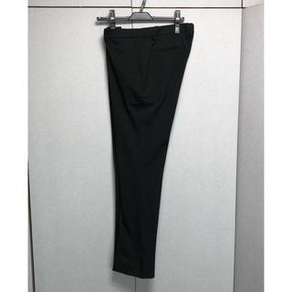 ユニクロ(UNIQLO)のUNIQLO レディースパンツ 黒(スーツ)
