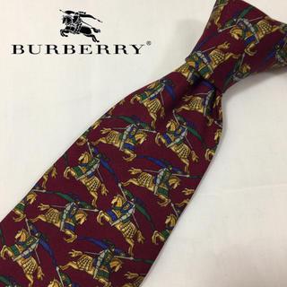 バーバリー(BURBERRY)のネクタイ☆人気 バーバリー 総柄槍騎士ロゴ レッド シルク 伊製(ネクタイ)
