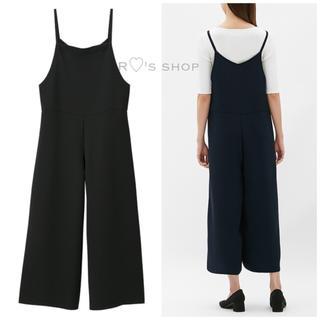 ジーユー(GU)の新品タグ付き♡サロペットワイドパンツ 黒 ZARA H&M WEGO NINE(サロペット/オーバーオール)