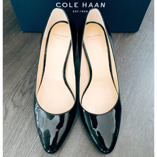 コールハーン(Cole Haan)のコールハーン パテント パンプス ブラック(ハイヒール/パンプス)