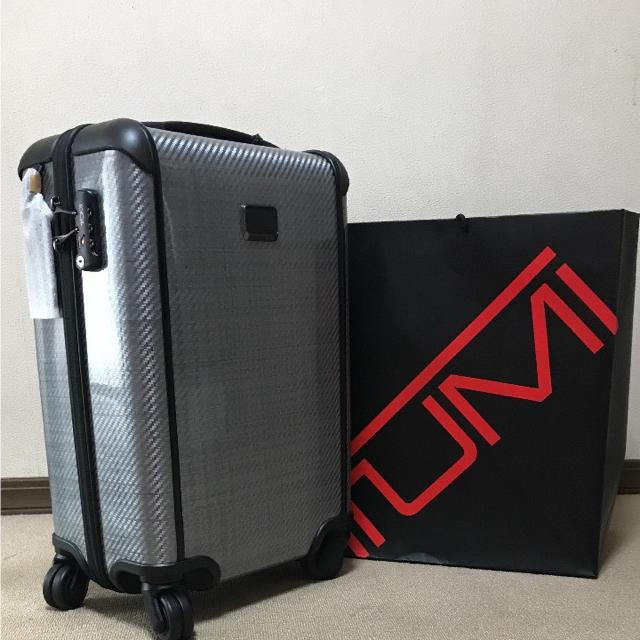 TUMI(トゥミ)のTUMI 機内持ち込みサイズ スーツケース インテリア/住まい/日用品の日用品/生活雑貨/旅行(旅行用品)の商品写真