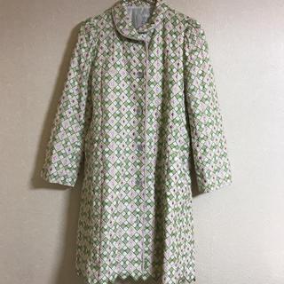ミナペルホネン(mina perhonen)のサリースコット コート 刺繍(スプリングコート)