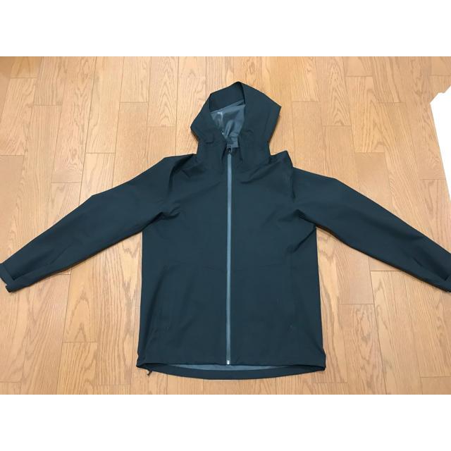 UNIQLO(ユニクロ)の☆ぶらいあん様専用☆ ユニクロ ブロックテックパーカー Lサイズ ブラック メンズのジャケット/アウター(マウンテンパーカー)の商品写真