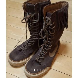 ナイキ(NIKE)のNIKE ナイキフリンジロングブーツ 24cm(ブーツ)