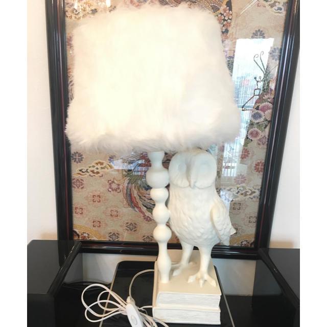 Francfranc(フランフラン)のサヤカs ショップ様専用 フランフラン ノーイング フクロウ テーブルランプ インテリア/住まい/日用品のライト/照明/LED(テーブルスタンド)の商品写真