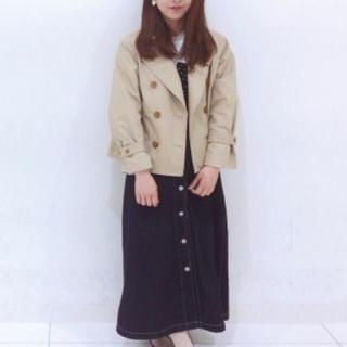 ジーユー(GU)のGU ショートトレンチ コート オーバーサイズ(トレンチコート)