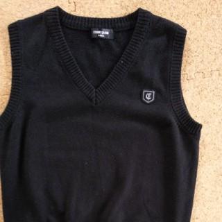コムサイズム(COMME CA ISM)の制服にも コムサベスト140センチ(ニット)