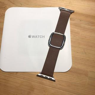 アップルウォッチ(Apple Watch)のアップル純正 モダンバックル Apple Watch 38mm(レザーベルト)