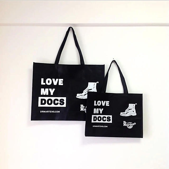 Dr.Martens(ドクターマーチン)のDr.Martens ドクターマーチン ショップ袋 ショッパー ラージサイズのみ レディースのバッグ(ショップ袋)の商品写真