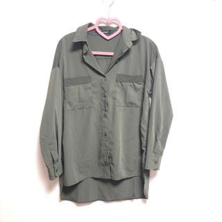 ホッピン(HOTPING)のHOTPING バックスリットカーキシャツ(シャツ/ブラウス(長袖/七分))